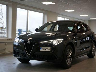 begagnad Alfa Romeo Stelvio Super 2.0 200hk