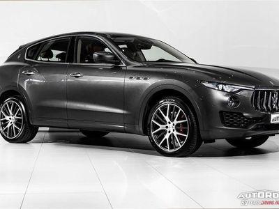 begagnad Maserati Levante SQ4