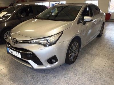 begagnad Toyota Avensis Sedan 2.0 Multidrive S Active -16