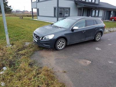 usado Volvo V60 D5 | AWD | R-Design | Drag -11
