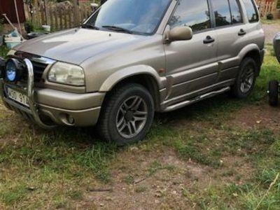 begagnad Suzuki Grand Vitara v6 4x4 Reservdelsbil -04