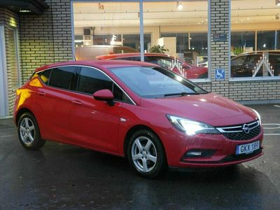 begagnad Opel Astra Dynamic 1.4 Turbo (125hk) Backkamera - Låg skatt