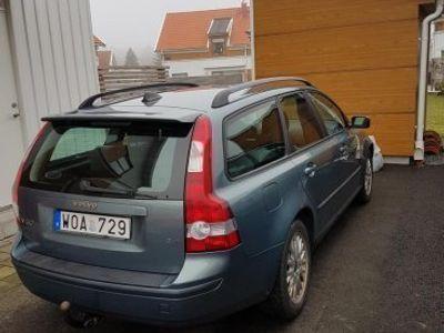 begagnad Volvo V50 2,4i Nybesiktigad ua, lågmilare -05