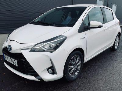 begagnad Toyota Yaris Hybrid 1.5 VVT-i CVT Euro 6