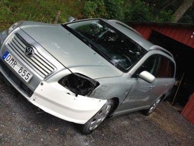 begagnad Toyota Avensis D4D -06