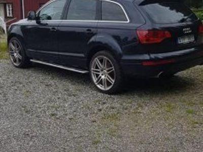 begagnad Audi Q7 4.2l bes men avställd -07