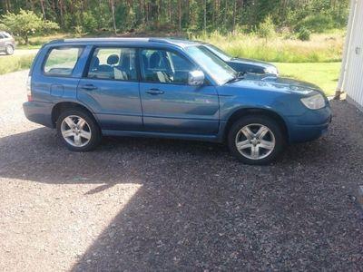 begagnad Subaru Forester 2,5 xt auto -07