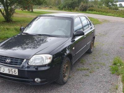 begagnad Hyundai Accent -05