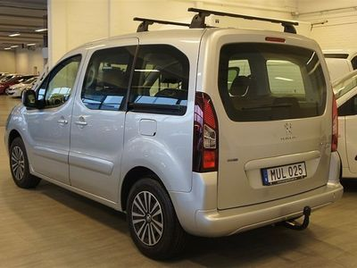 begagnad Peugeot Partner Tepee BlueHDi 120hk ink. drag + metallic