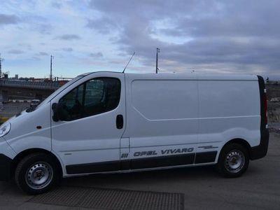 begagnad Opel Vivaro Skåp L1H1 2.0D Aut 2012, Minibuss 99 000 kr