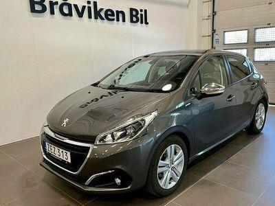 begagnad Peugeot 104 208 STYLE PT 82 2018, Halvkombi Pris900 kr