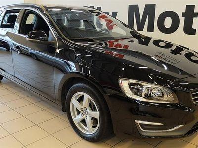 begagnad Volvo V60 D4 181 AUT AWD VOC MUMENTUM BE