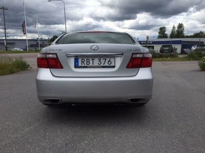 begagnad Lexus LS460 LYXBIL