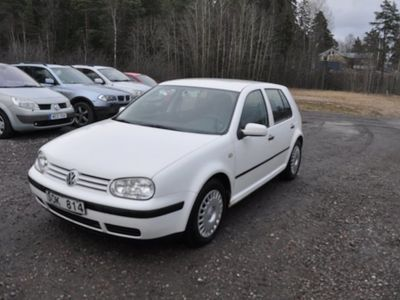 begagnad VW Golf 5-dörrar 1.6 Comfort, Comfortline 100hk