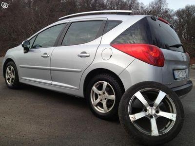 begagnad Peugeot 207 1,6 HDI Svensksåld lågamil -07
