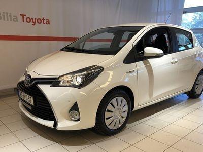 begagnad Toyota Yaris Hybrid 1,5 Active Extraljus