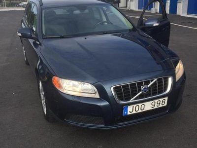 begagnad Volvo V70 2.0 Kinetic
