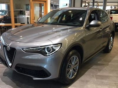 begagnad Alfa Romeo Stelvio 2,0 200Hk AT8 AWD Demo