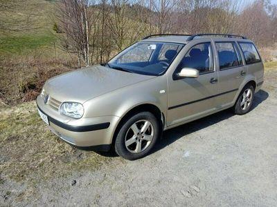 begagnad VW Golf VAR 1,6