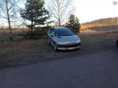 begagnad Peugeot 206