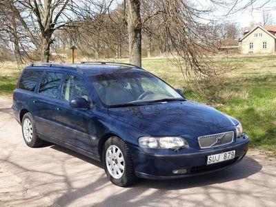 begagnad Volvo V70 2.4 Ny Besik 170hk