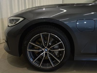 begagnad BMW 530 e xDrive iPerformance Sedan M Sport Connected 252hk