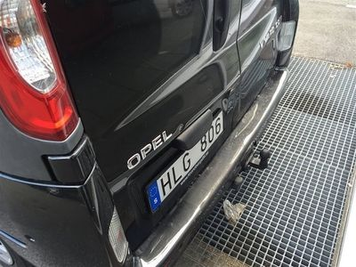 begagnad Opel Vivaro Skåp L2H1 2.0 Diesel 84 kW /114 hk DPF