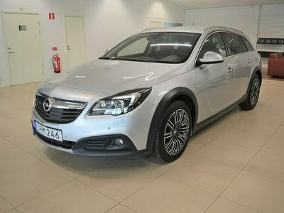 begagnad Opel Insignia Country Tourer 2.0 170hk 4x4 Sports S Drag Skinn Navi