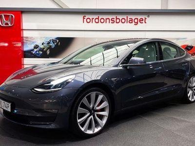 begagnad Tesla Model 3 AWD Performance FSD 2019, Halvkombi 639 000 kr