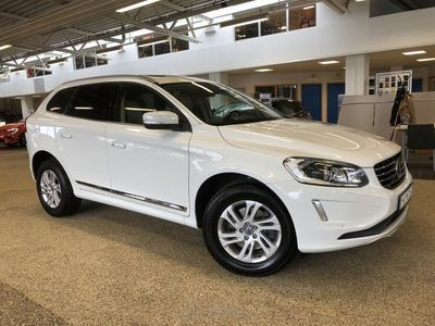 begagnad Volvo XC60 D4 AWD Summum Business E PRO II ader Utrustad med bl.a. Elmanövrerad baklucka, parkeringskamera bak, Navigation 2014, SUV 199 500 kr