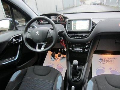 gebraucht Peugeot 208 C 1.2 VTI med 1 års Extra garanti