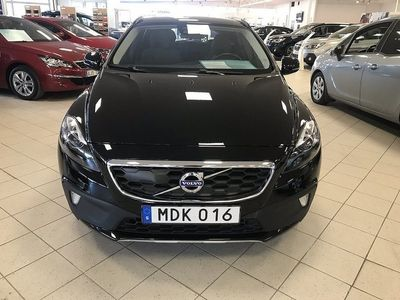 begagnad Volvo V40 CC D3 Geartronic Momentum Euro 6 150hk