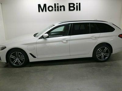 begagnad BMW 530 e xDrive Touring PHEV / Navigation