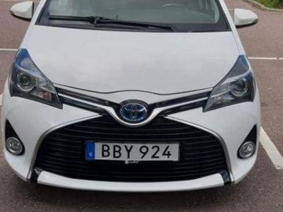 begagnad Toyota Yaris Hybrid 1.5 VVT-i