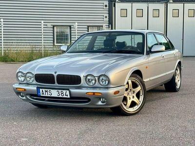 begagnad Jaguar XJ 4.0 V8 Automat Executive 284hk
