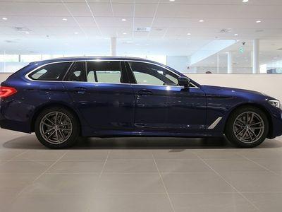 begagnad BMW 520 i Touring M Sport - Autowåx Bil AB