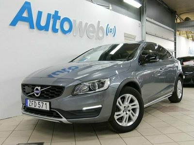 begagnad Volvo S60 CC D4 190hk AWD Geartronic Momentum Pro