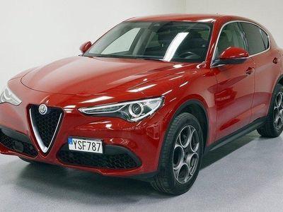 begagnad Alfa Romeo Stelvio 2.0 280hk/Navi/Helläder/Lå