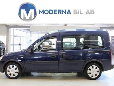 begagnad Opel Combo TOUR 1.4 90HK DRAG 5-SITS