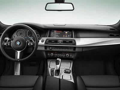 begagnad BMW 520 d xDrive Touring Kombi