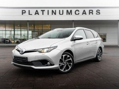begagnad Toyota Auris 1.8 HYBRID ACTIVE PLUS / SV.SÅLD / LEASEBAR