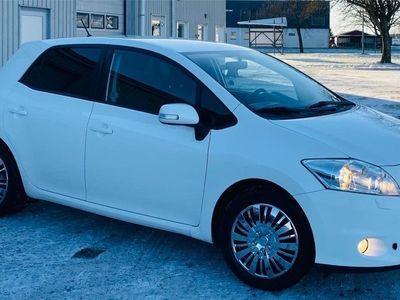 begagnad Toyota Auris 1.6 VVT-i MultiMode