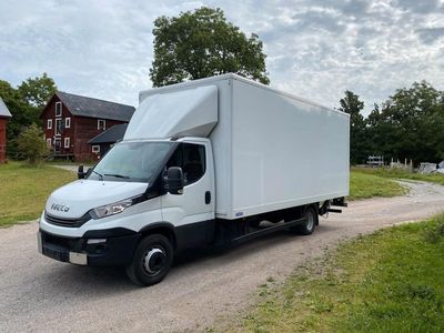 begagnad Iveco Daily 72C17 Bakgavellyft 15 pall Euro6