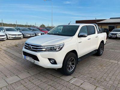 begagnad Toyota HiLux 2.4D AUT PREMIUM FULLUTRUSTAD EU