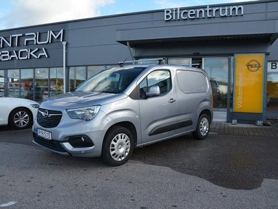 begagnad Opel Combo Combo TourCargo 1.5 Euro 6 Launch, Drag, Lasthållare 2019, Personbil 164 900 kr