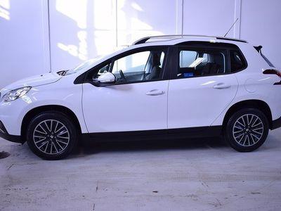 begagnad Peugeot 104 2008 1.2 VTi Automat EU6 2016, SUV900 kr