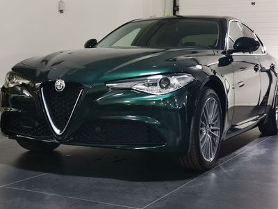 begagnad Alfa Romeo Giulia Super 2.0 200hk RWD
