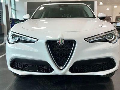 begagnad Alfa Romeo Stelvio Super 2.2 210hk Q4