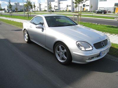 begagnad Mercedes SLK320 2001