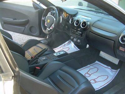 begagnad Ferrari F430 Nyskick 4378 mil Nyservad Nybes -06